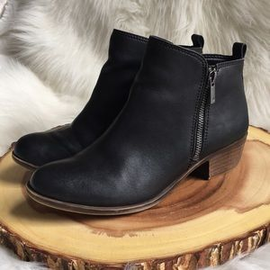 Lucky Brand leather size zip booties